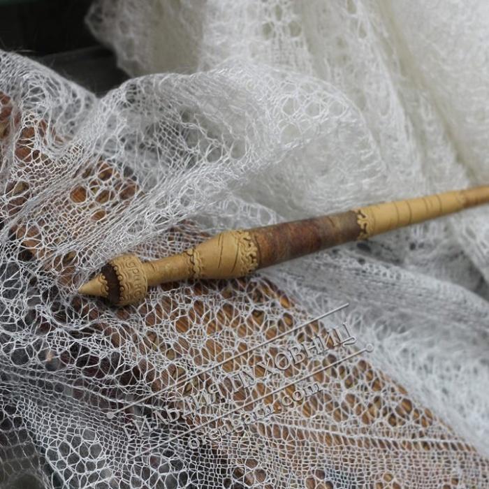 Chales orenbourg duvet chevre art decoratif souvenir russe