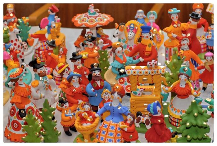 Dymkovo art decoratif russe peinture jouets