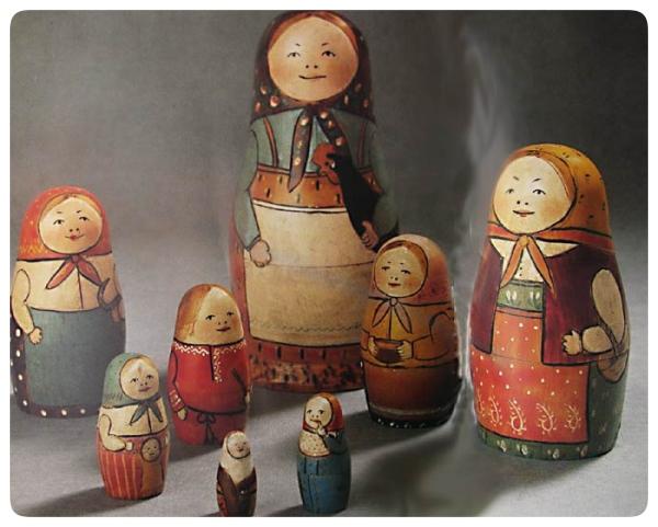 Premiere matriochka russe traditionnelle artisanat